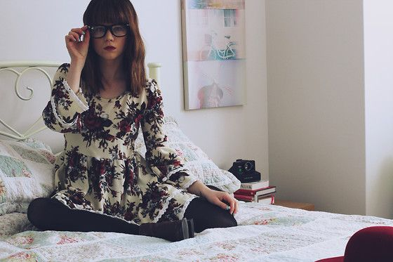 FLORALS (by Claire Mcmanus) http://lookbook.nu/look/3749225-FLORALS
