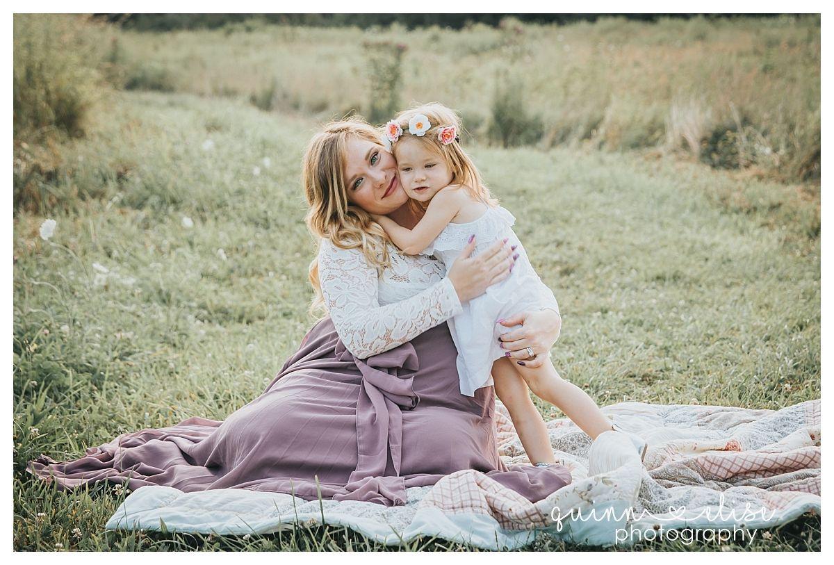 fa862e498dfaf Akron, OH Maternity Photographer | Golden hour, Maternity session ...