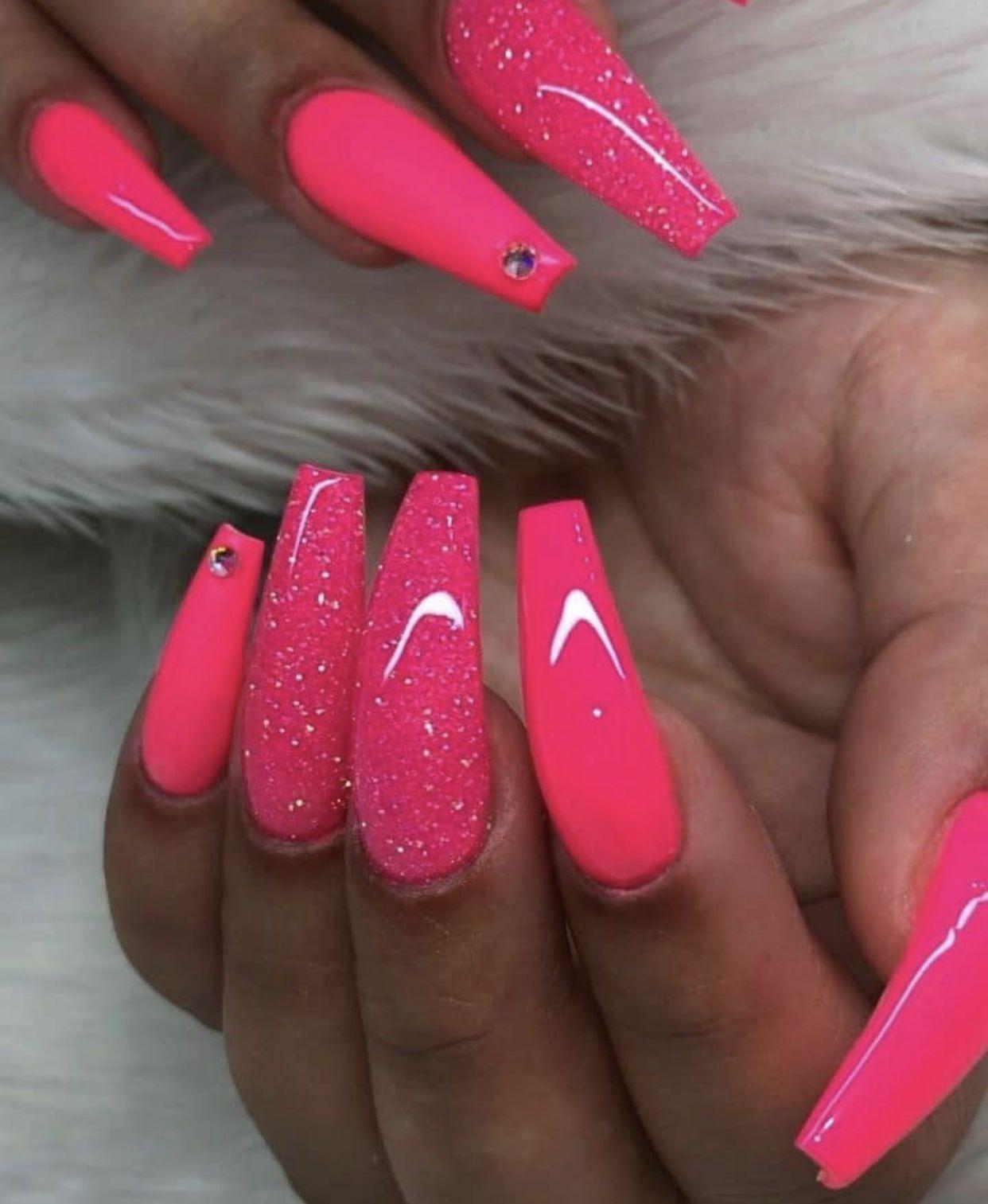 Pin By Herman Hanenbergh On C L A W S Neon Pink Nails Pink Acrylic Nails Summer Acrylic Nails