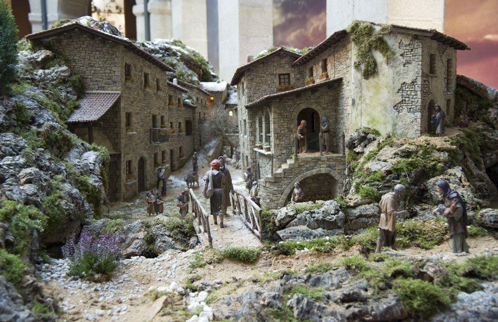 Un bel n que recrea paisajes espa oles en la real casa de for Casa de correos madrid