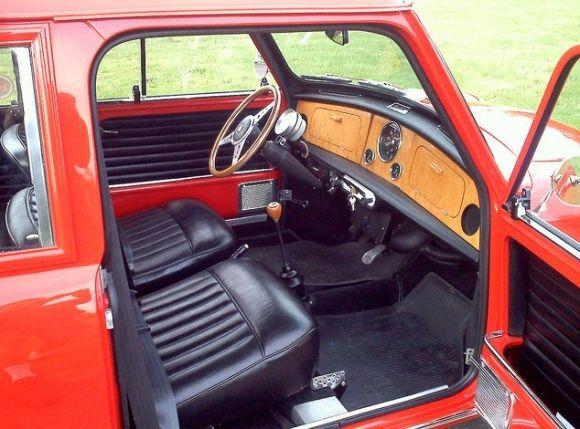 Bat Exclusive 1964 Austin Mk1 Mini Countryman Mini Mini