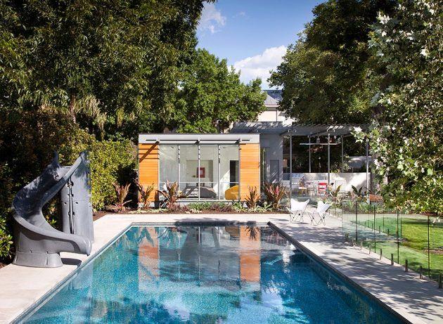 16 Stunning Mid Century Modern Swimming Pool Designs That Will