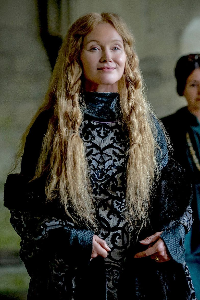 Edwardslovelyelizabeth Essie Davis As Queen Dowager Elizabeth