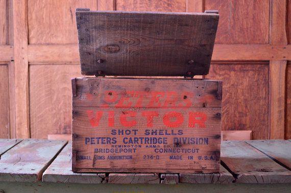 VINTAGE WOOD AMMO CRATE, PETERS VICTOR AMMO BOX, REMINGTON ARMS CO INC, BRIDGEPORT CONNECTICUT  Very nice Peters Victor small arms ammunition box.