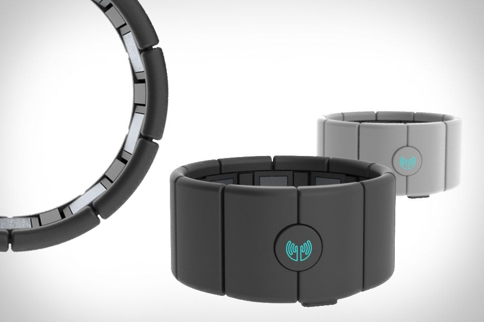 Myo Gesture Control Armband | Technology at it's Best