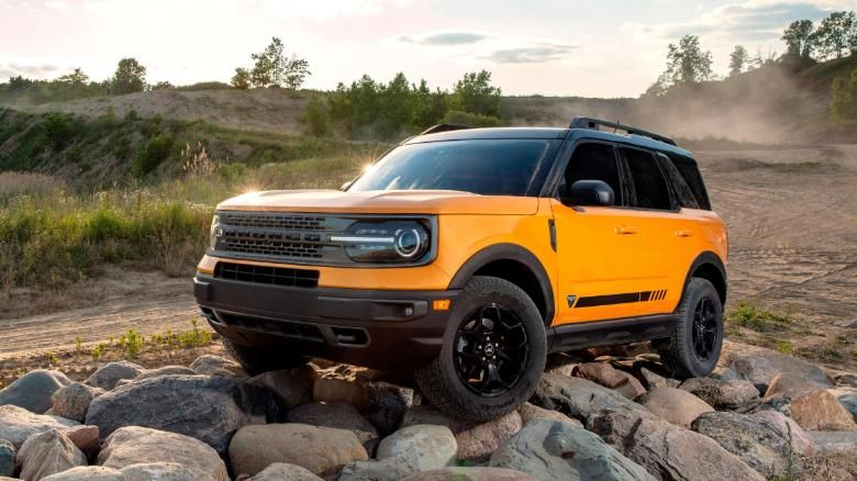Ford Bronco 2021 Reveal New Suvs Boast Of Jeep Beating Off Road Abilities Cnn In 2020 Ford Bronco Bronco Sports Ford