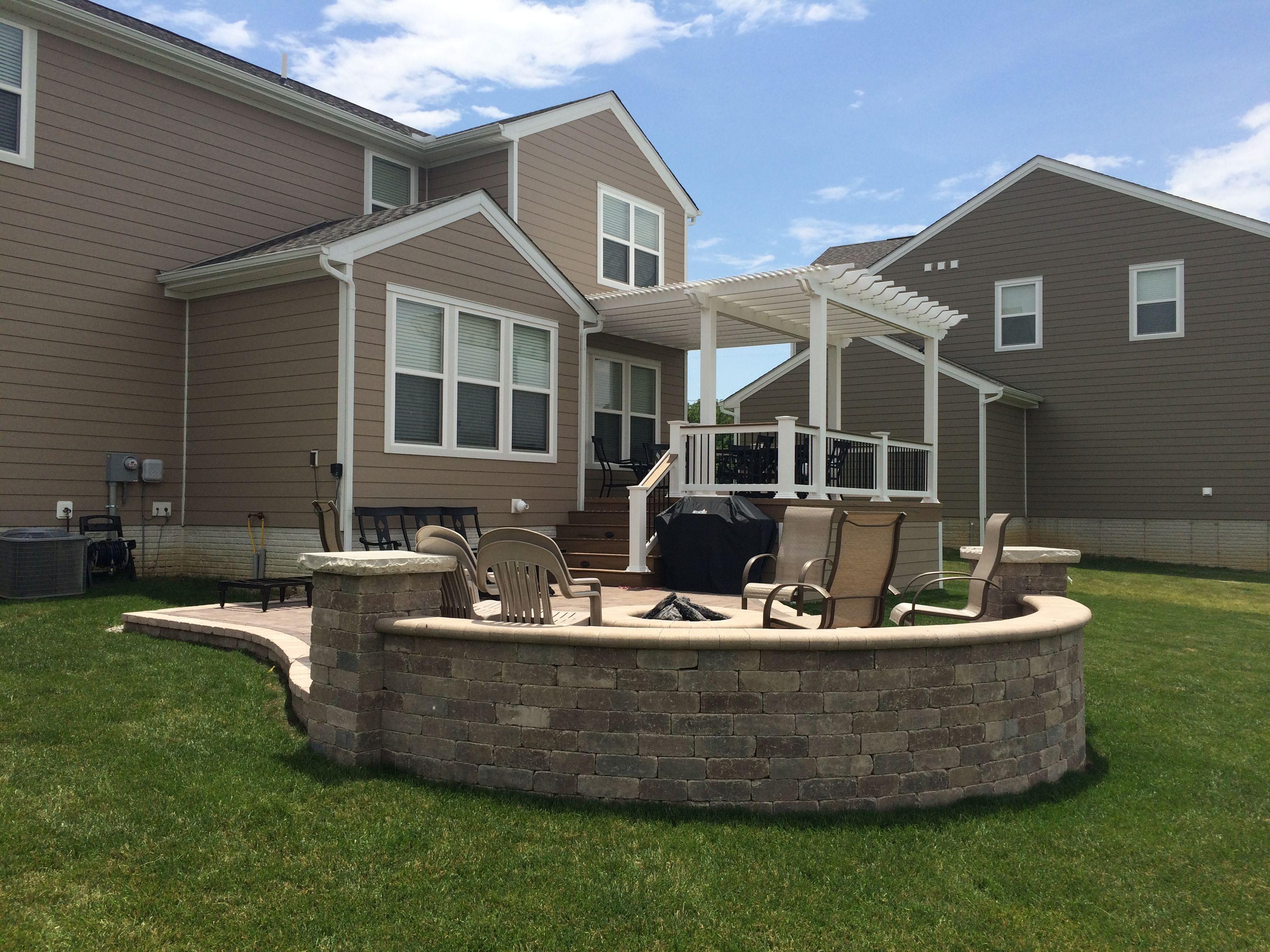 amazing deluxe outdoor living space