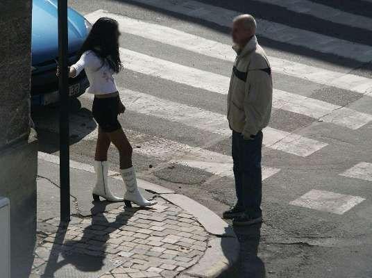 Anal Girl in Bordeaux