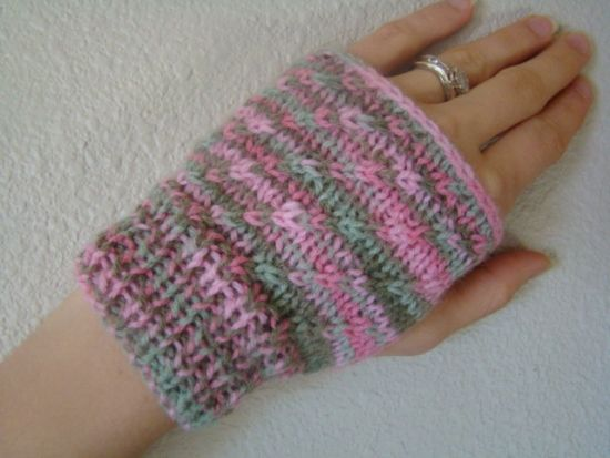 Free Knitting Patterns Knit Hand Warmers Easy And Fun Warm
