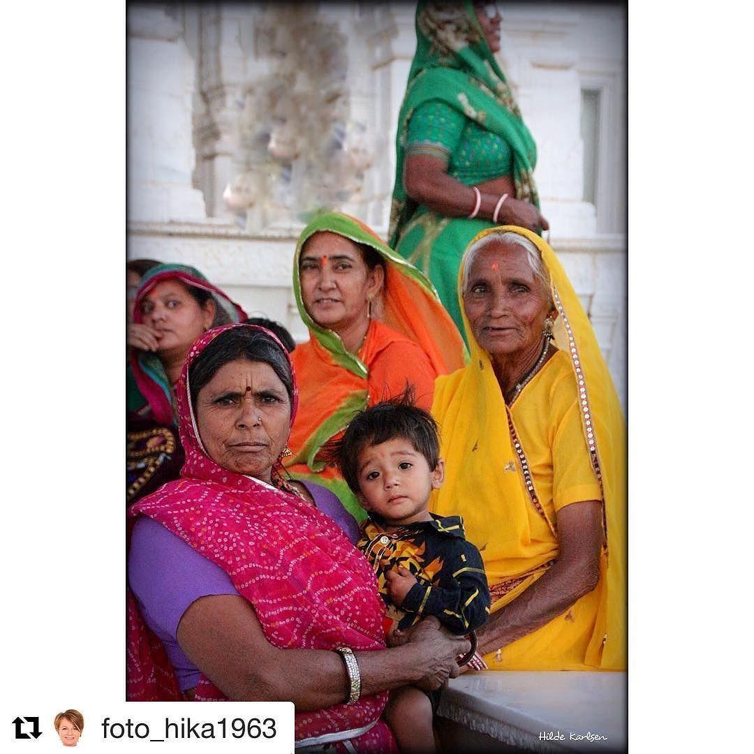 Et fargerike liv. #reiseliv #reisetips #reiseblogger #reiseråd  #Repost @foto_hika1963 (@get_repost)  Women power !#peoplearoundtheworld #india #jaipur
