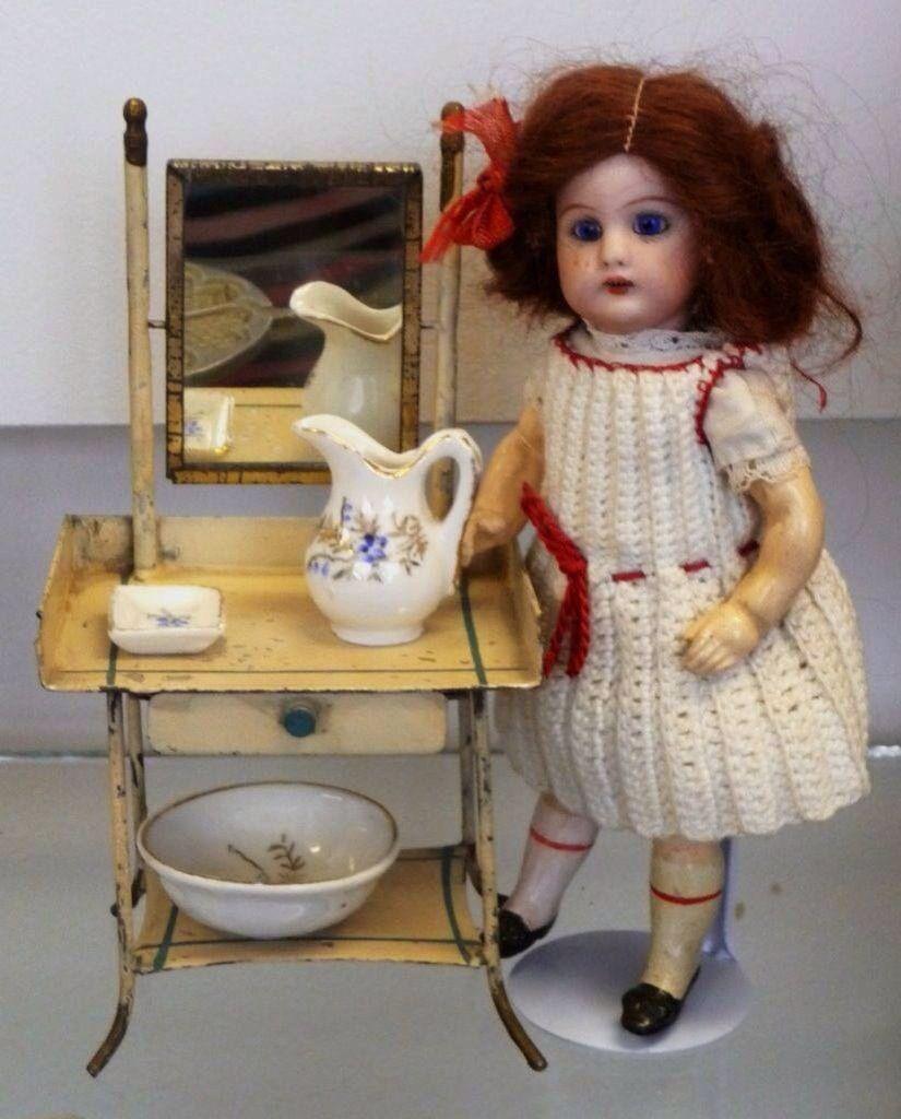 Fabulous vintage doll.
