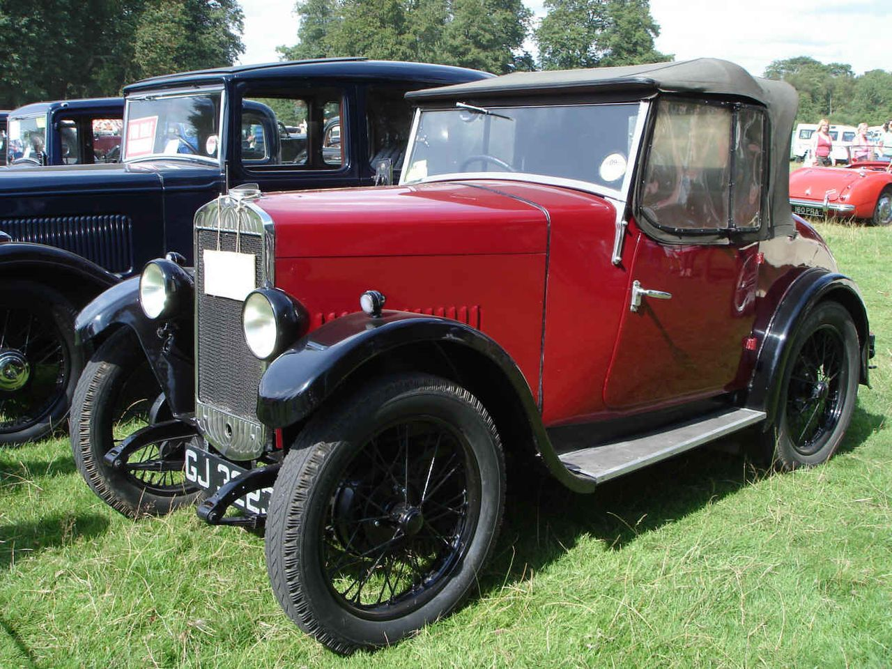 1927-1934 The Triumph Super 7 was a car manufactured from 1927 to ...