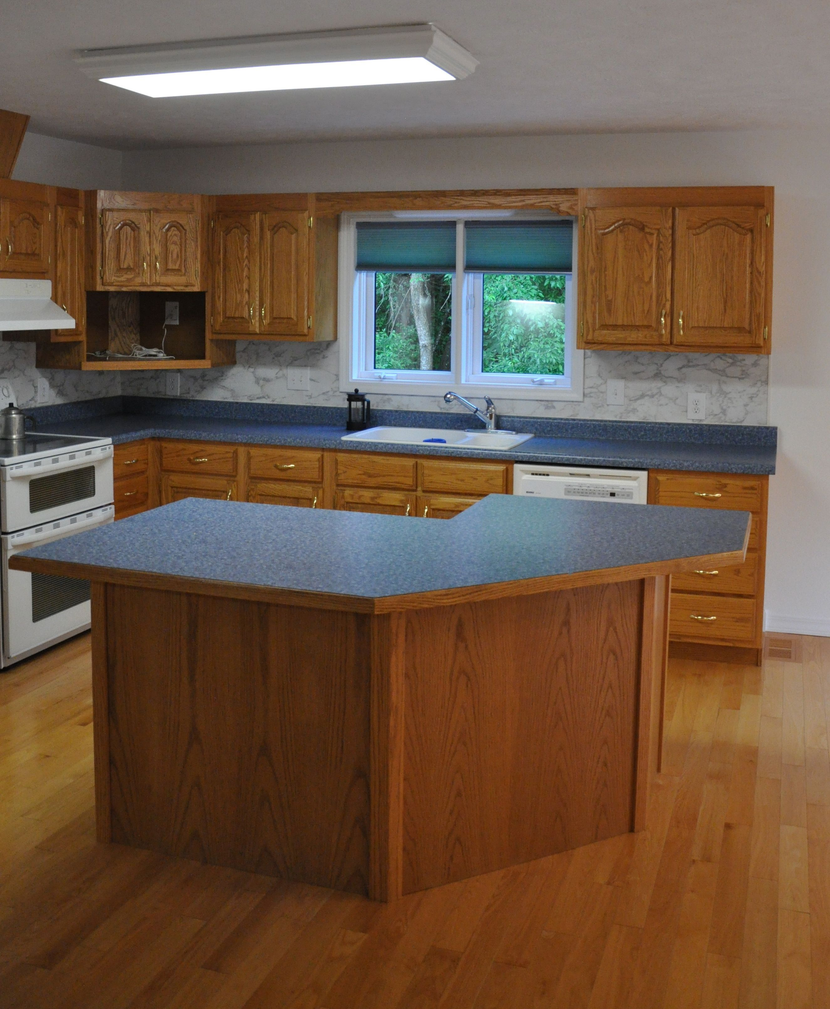 Golden Oak Kitchen Blue Formica, white walls