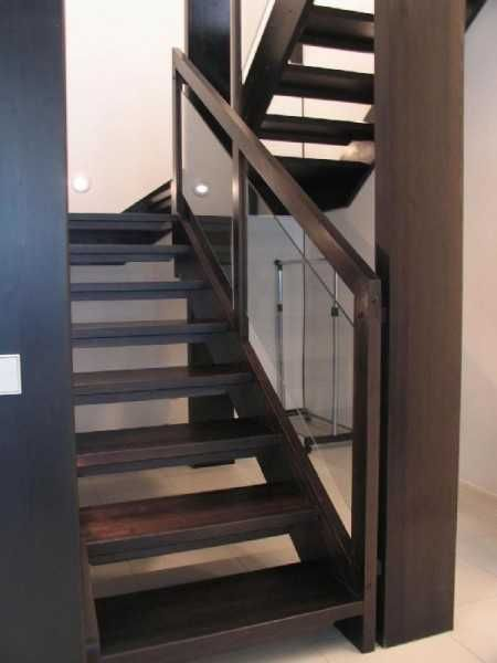 Awesome Wood Stairs With Glass Panels