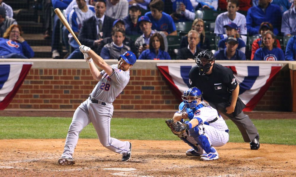 Daniel Murphy breaks MLB postseason record with homer in sixth straight game
