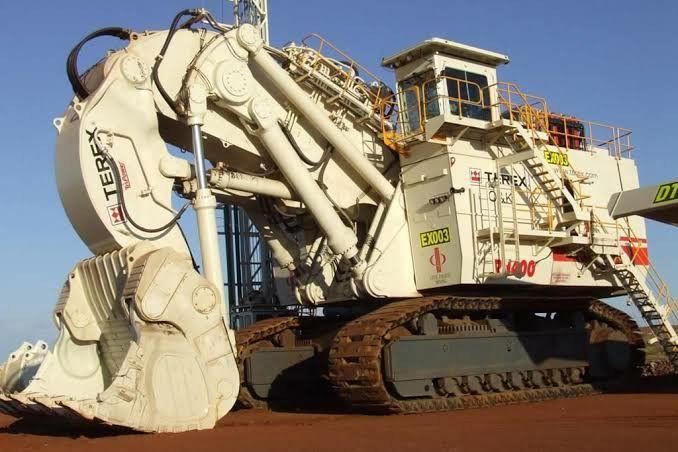 Maior escavadeira hidráulica do mundo Bucirus RH400 de 889 toneladas