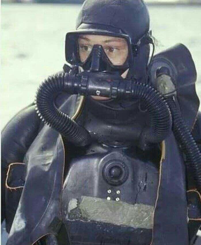 I want a lar v scuba women pinterest canvas art navy seals and canvas - Navy seal dive gear ...