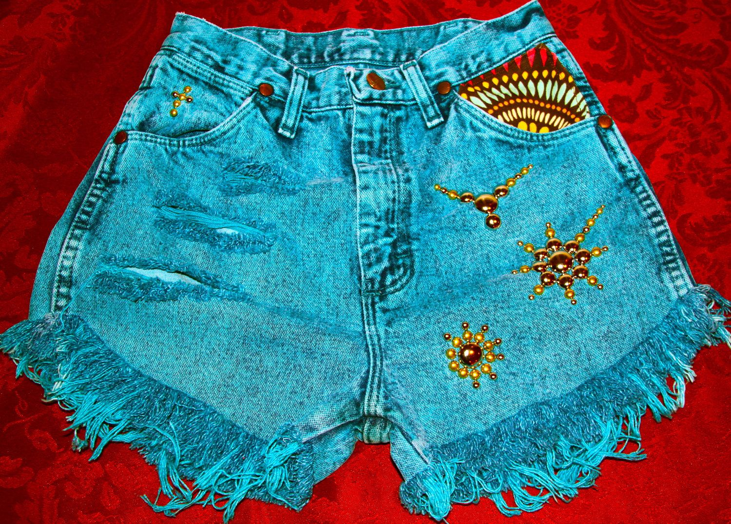 Vintage high waist Daisy Duke destroyed by VIntagedenimcorner