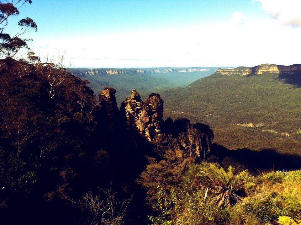 3 Sisters Blue Mountains. Tre sorelle tramutate in pietra. Il fascino delle leggende aborigene.