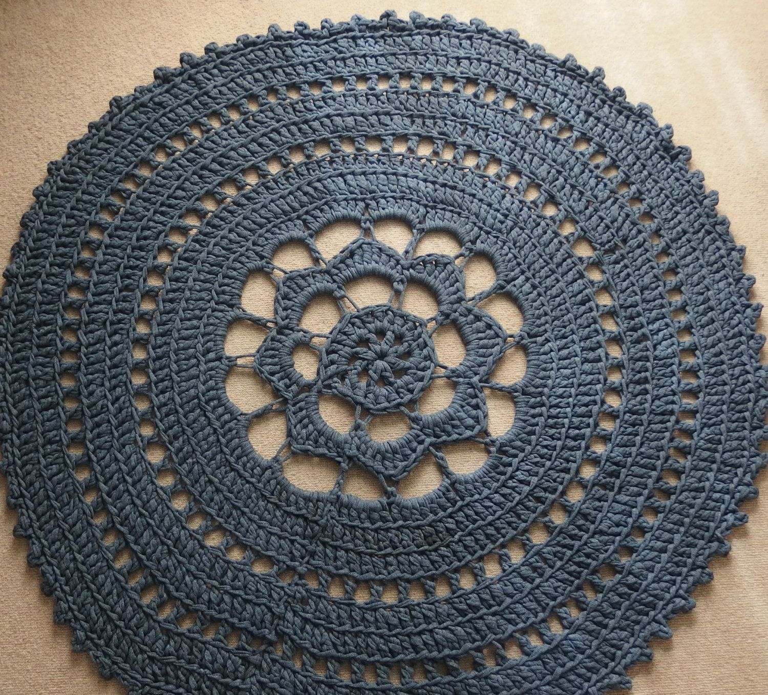 Crochet Round Rug Off Zpagetti T Shirt Yarn In The Color Dark Blue