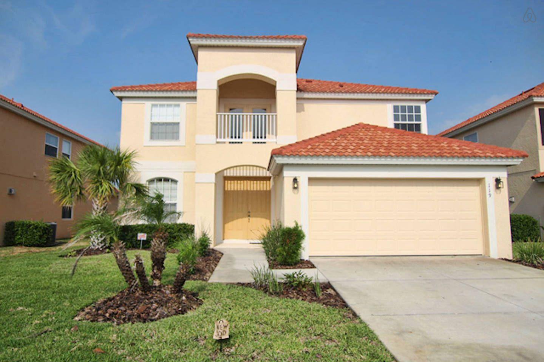 5 Bedroom 4 5 Bath Pool Villa In Davenport Florida Vacation Rentals Condos In Florida Lakeside Resort
