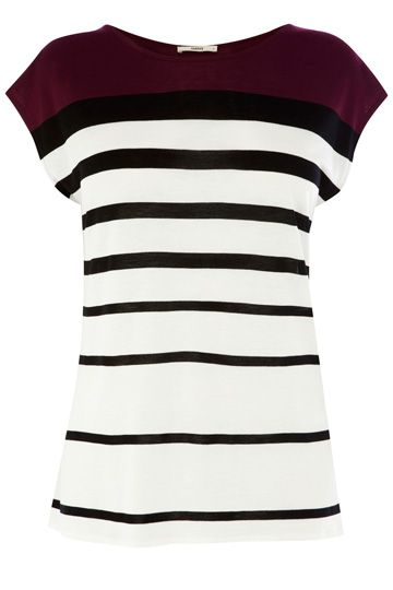 This simple t-shirt features a colour-block, graduated stripe detail across the fabric. The piece features a high round neck and wide short sleeves.