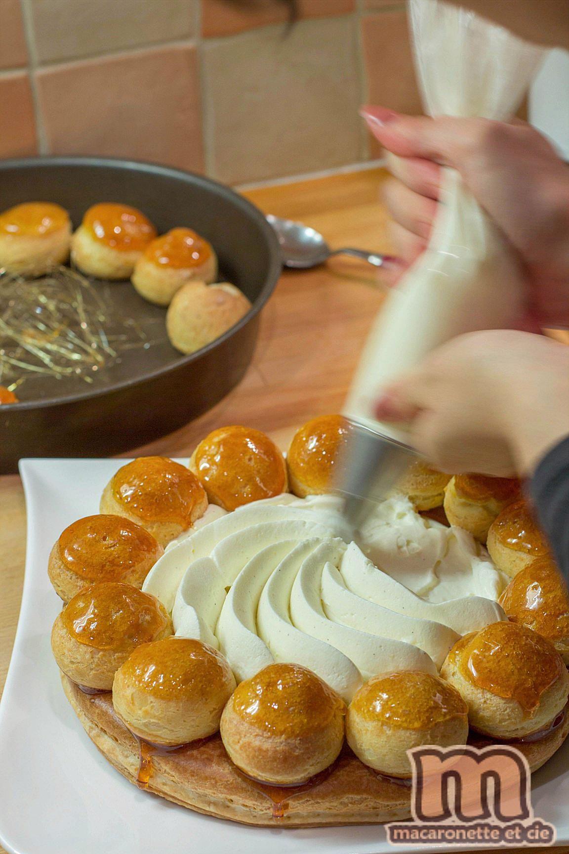 Le saint honor est devenu la maison un des desserts for Cuisiner pour des amis