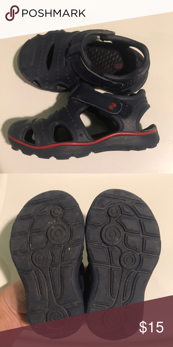 Toddler water shoes Size 5 | Water