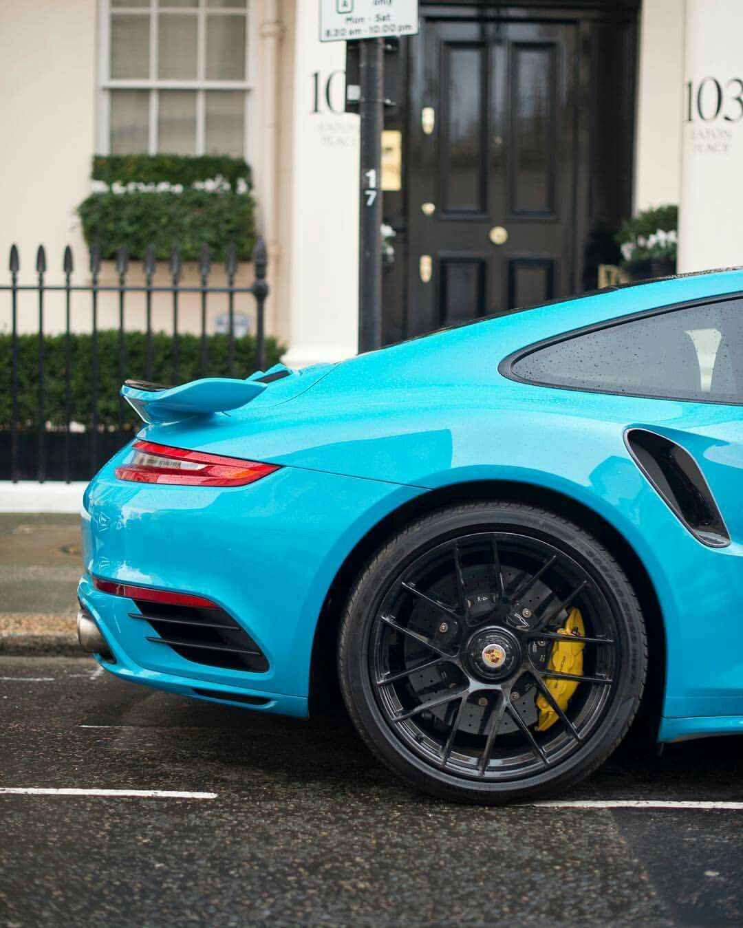Awesome 991.2 Turbo S