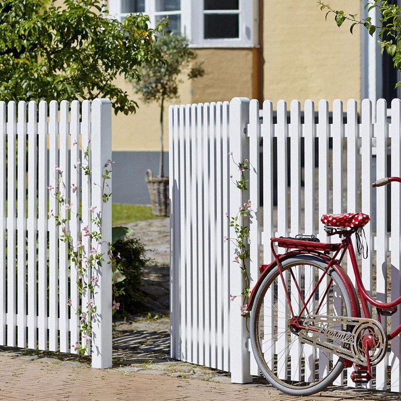 Klassischer Holz Gartenzaun 150 Mit Gerundeten Holzlatten