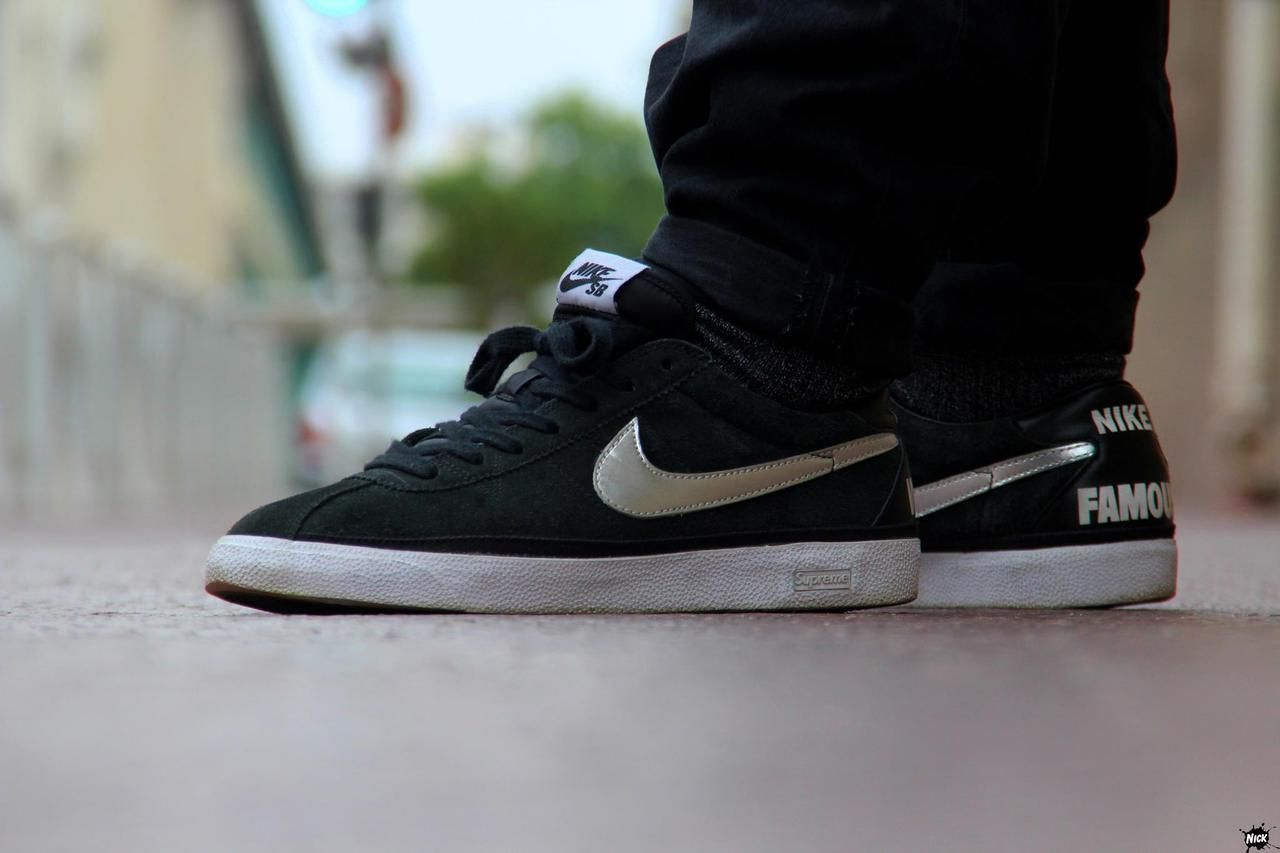 Supreme x Nike SB Zoom Bruin 'World Famous' Black