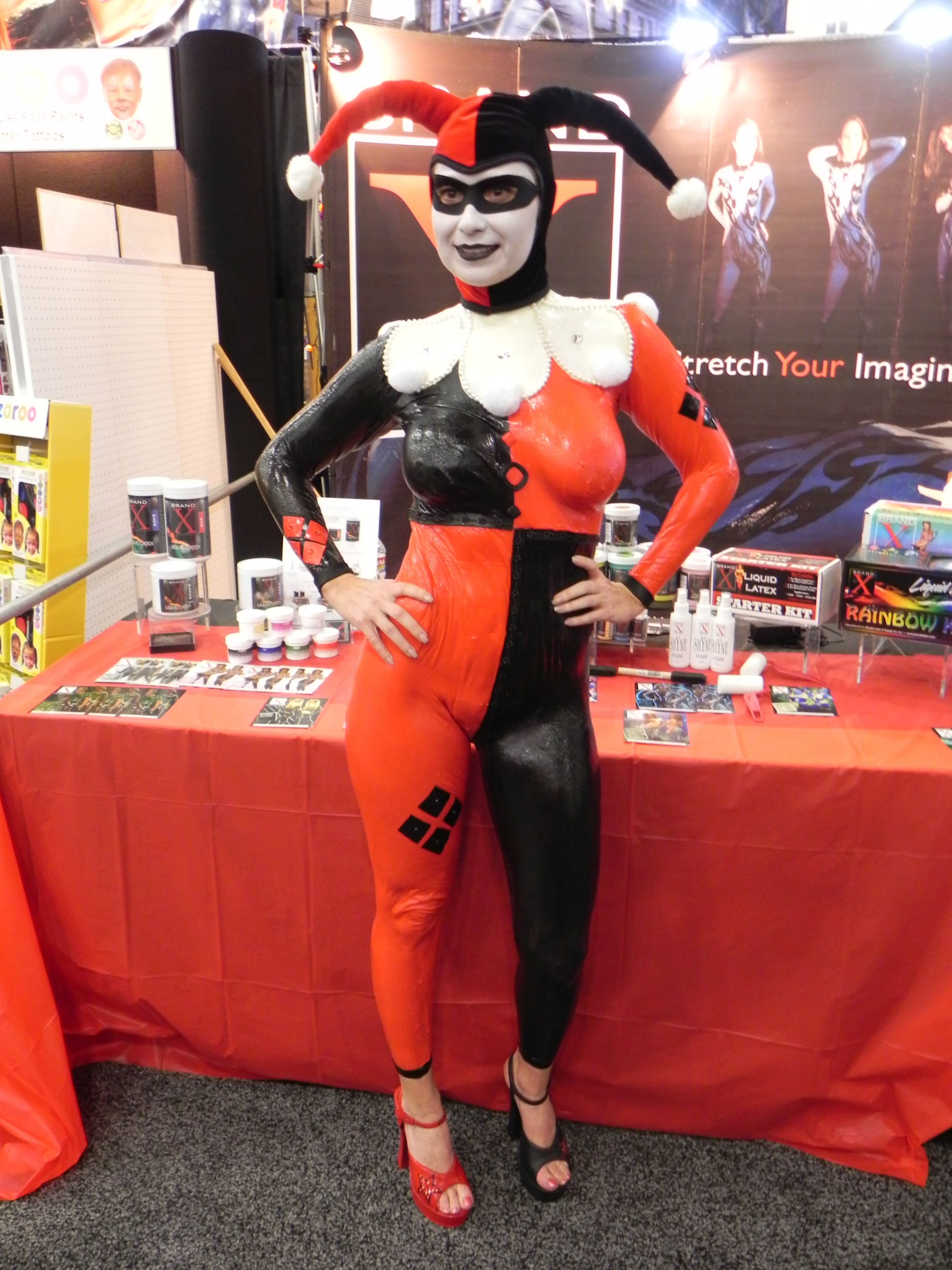 Harley Quinn at the Halloween and Party Expo 2013. #harleyquinn ...