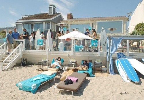 On the Market: The Polaroid Beach House   Malibu houses, Beach ...