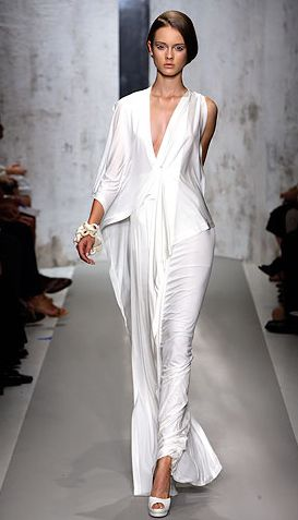 Donna Karan Spring 2010 Ready To Wear Fashion Show Donna