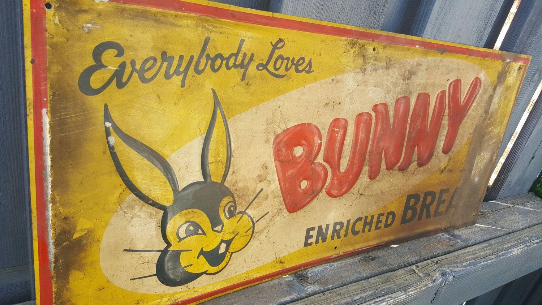 "/""BUNNY BREAD/"" ADVERTISING METAL SIGN"