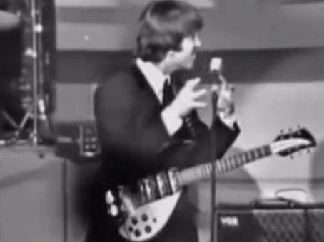 Canal Electro Rock News: Vídeo recém-descoberto mostra John Lennon zombando de pessoas com deficiência