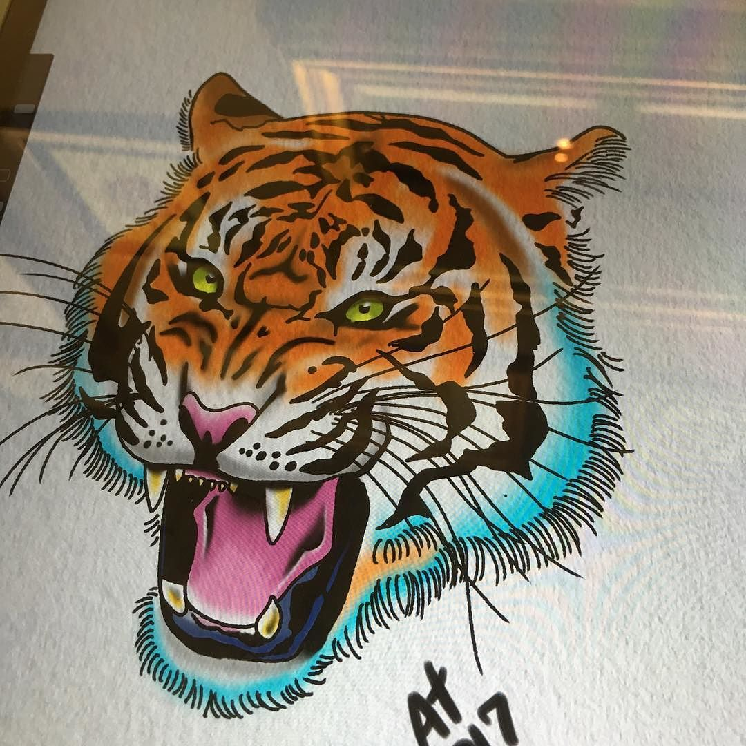 Lemme Make A Tiger On You I Might Add More To This Who Knows Anymore Jerseycitynj Jerseycity Neotradtattoo Ideias De Tatuagens Desenhos Desenho Arte