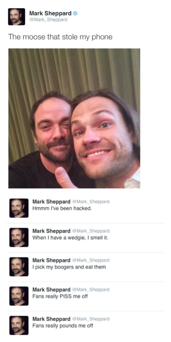 Jared Steals Mark Sheppard S Phone And Goes On A Twitter Spree Dallascon2014 Supernatural Destiel King Crowley Supernatural