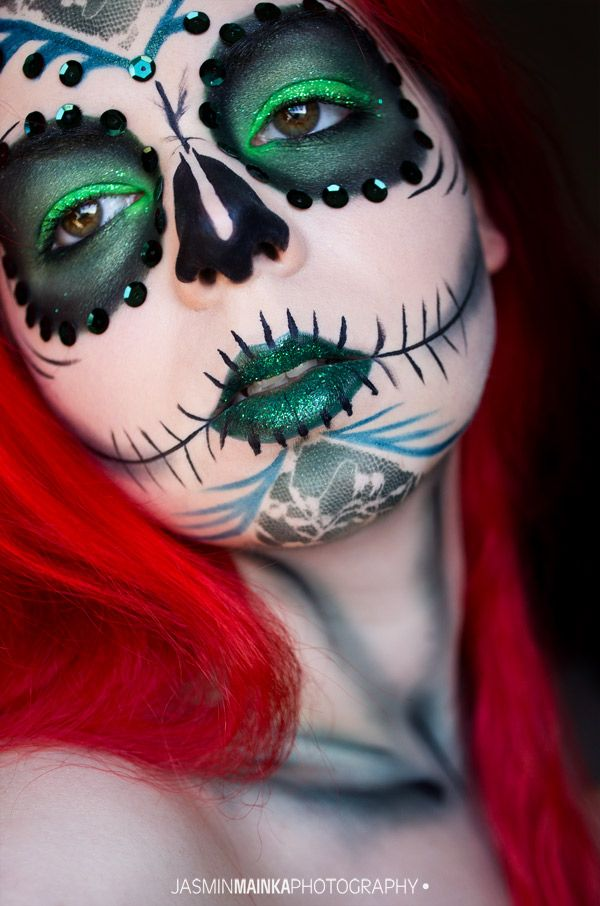 Jasmin Mainka - Photography: [Self-Portrait] Green Skull