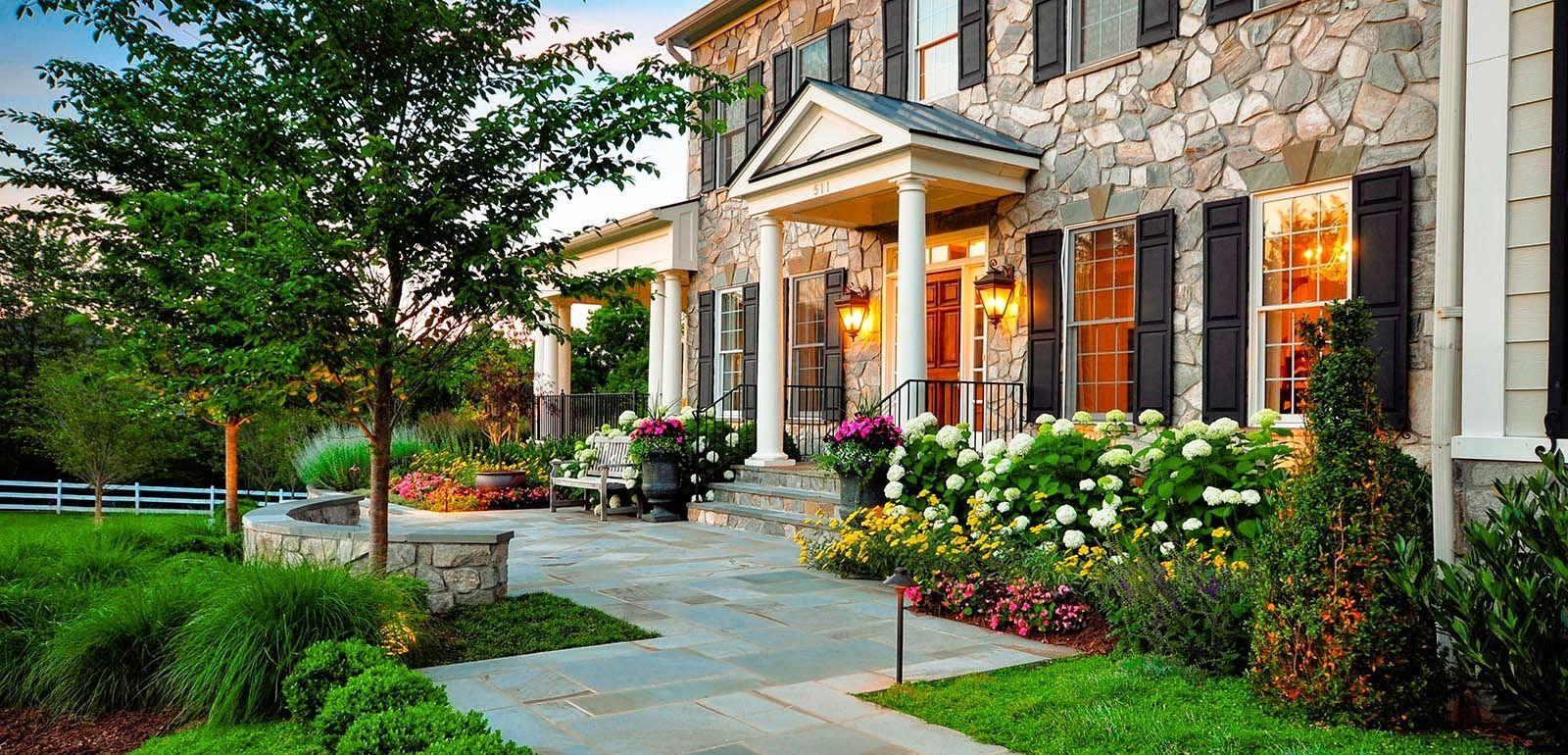 Frentes modernos de casas hermosa jard n y parquizaci n - Diseno de jardines para casas de campo ...