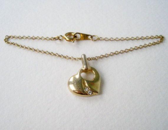 Vintage 80s Traditional Cottage Chic Goldtone Rhinestone Heart Pendant Charm Chain Bracelet by ThePaisleyUnicorn, $3.00