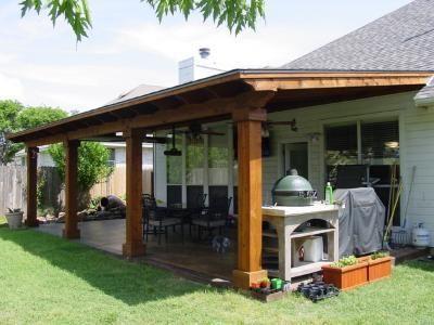 Traditional and practical covered porch in Cedar Park arquitectura - terrazas en madera