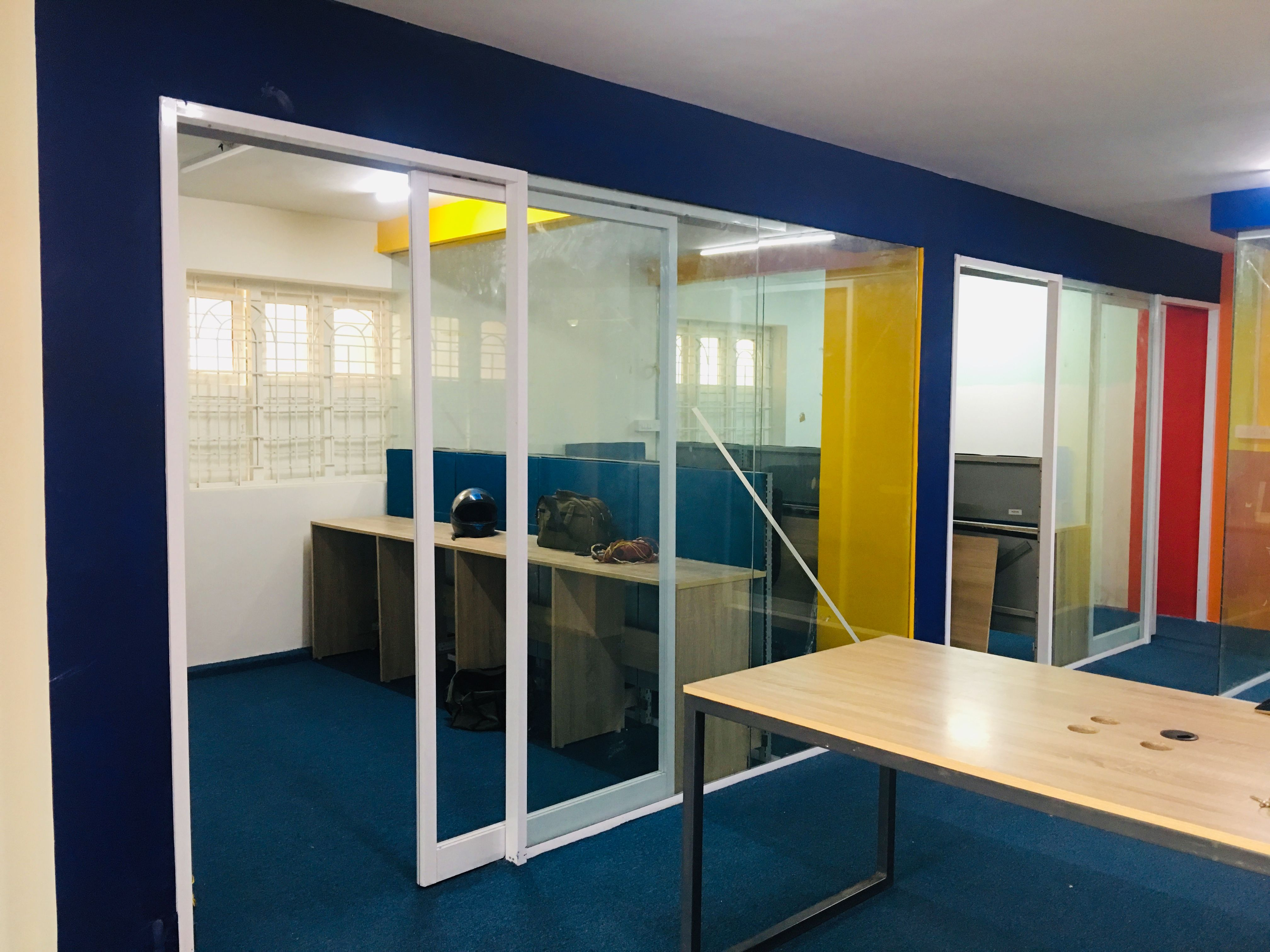 Premium Office Space For Rent Book Your Free Tour Now Small Space Office Shared Office Space Commercial Office Space