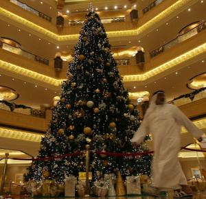 Christmas In United Arab Emirates Uae Christmas 2013 Christmas Decorations Uk Christmas Dorm Decorations Christmas Tree
