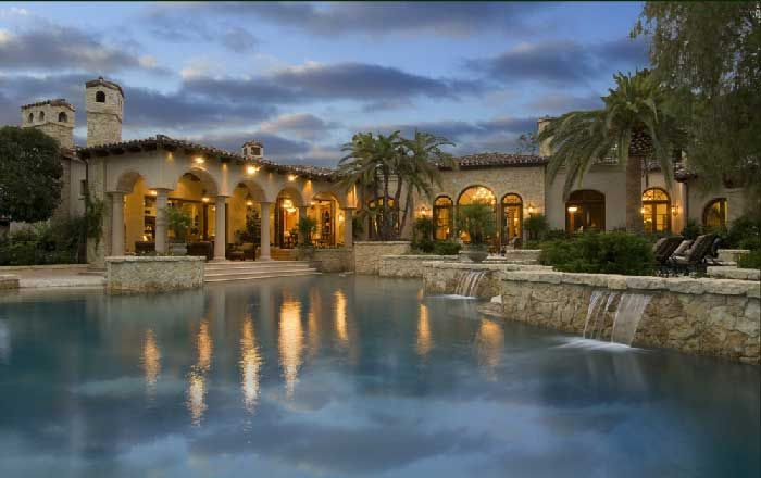 images about House ideas on Pinterest   Haciendas       images about House ideas on Pinterest   Haciendas  Courtyards and Spanish Courtyard