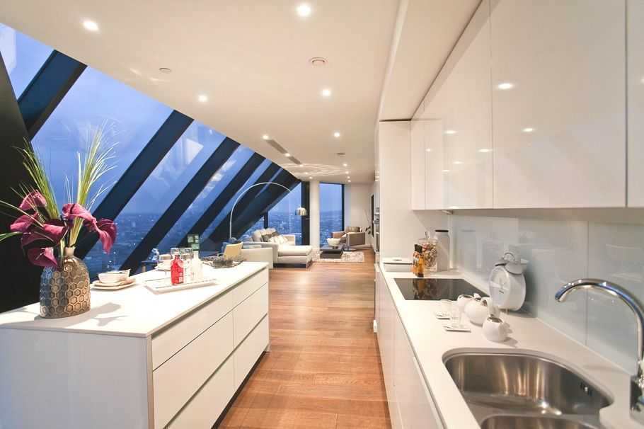detailing cheap sale best authentic Luxury Penthouse Overlooking London's Majestic Skyline ...