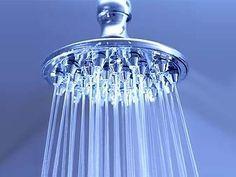 Badkamer schoonmaken, alle tips op een rijtje! http://www ...