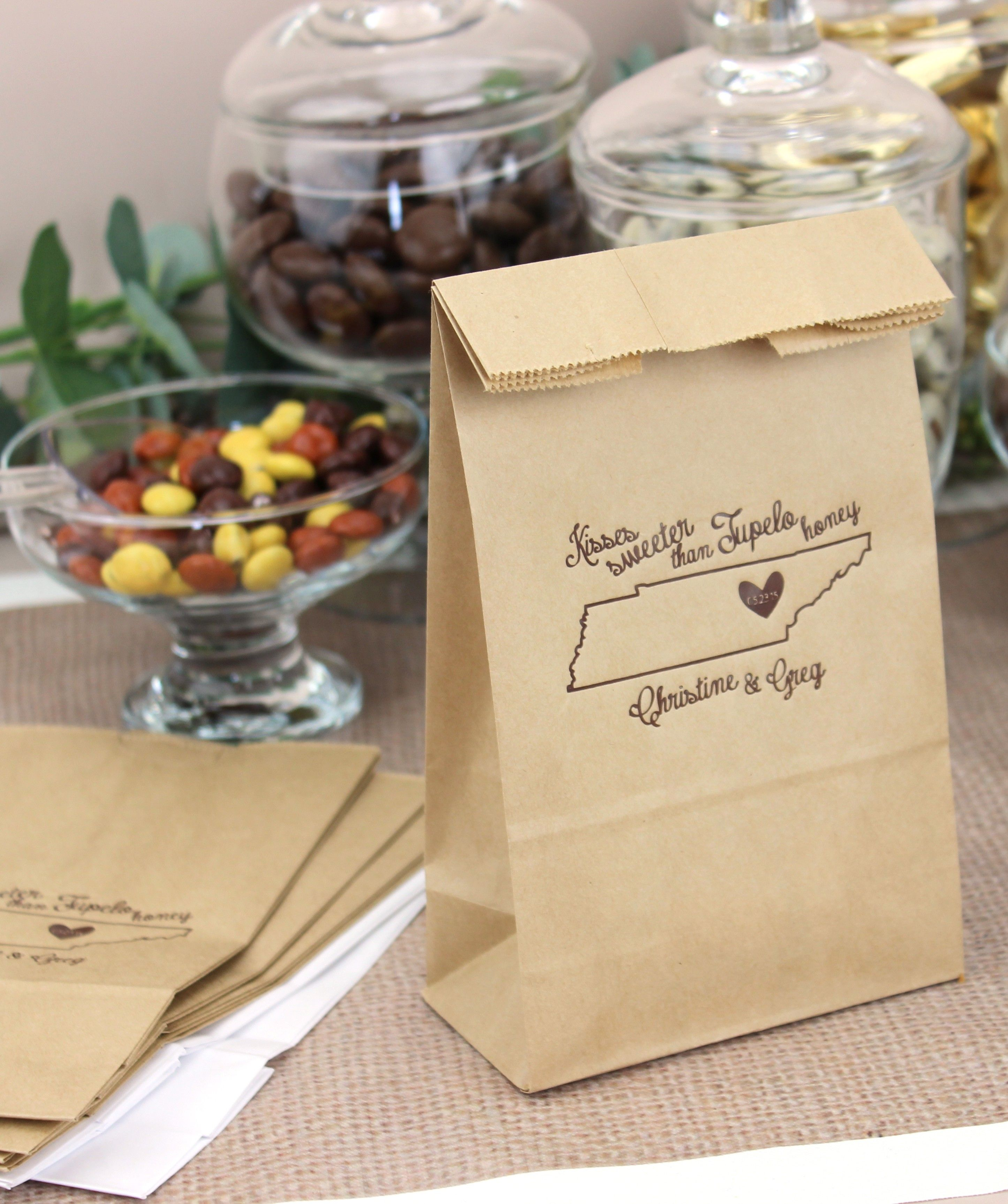 Personalized Party Bags Are The Perfect Size For Presenting Small Gifts Favors Goos And Wedding Giveaways To Your Reception Guests