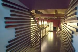 tag: wood stripes restaurant dinner ettore tricarico architetto