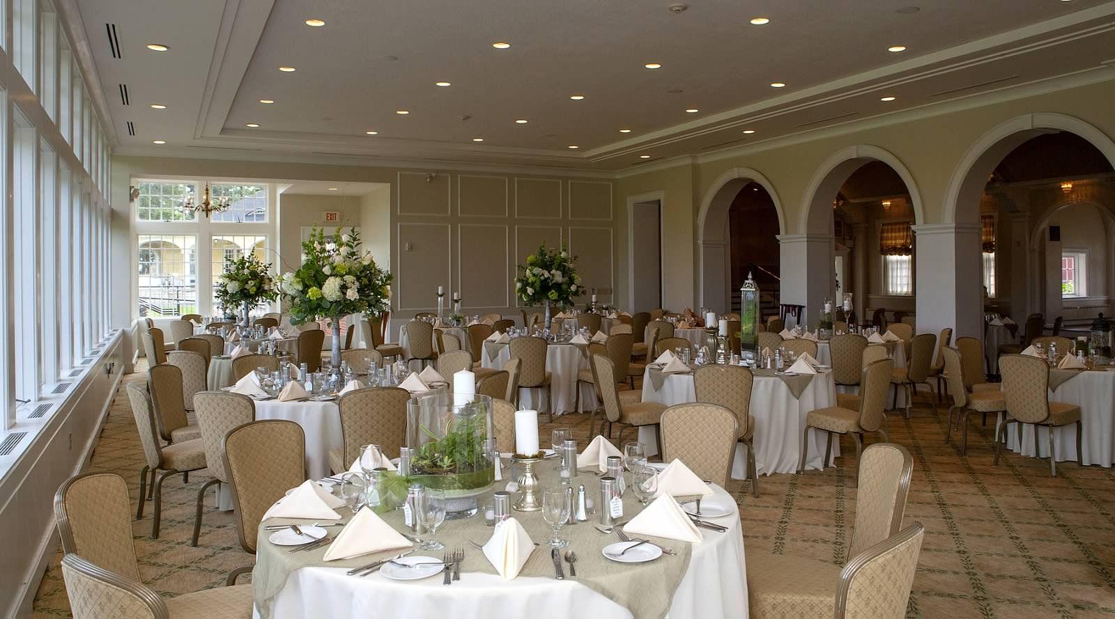 Philadelphia Cricket Club In Serene Green Wedding Flowers Bright Wedding Flowers Blue Wedding Flowers